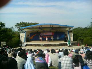 生駒山上遊園地でプリキュア。